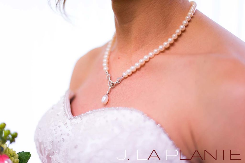 J. La Plante Photo | Kalamazoo Country Club Wedding | Destination Wedding Photography | Bride's necklace