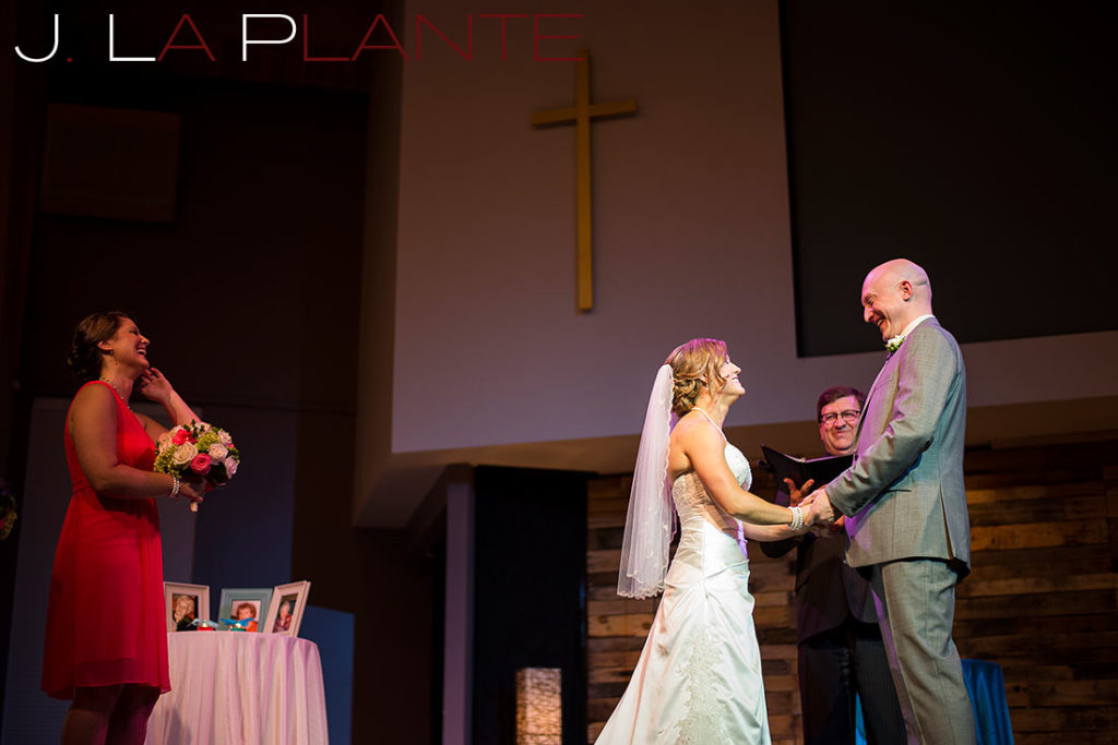 J. La Plante Photo | Kalamazoo Country Club Wedding | Destination Wedding Photography | Bride and groom saying vows