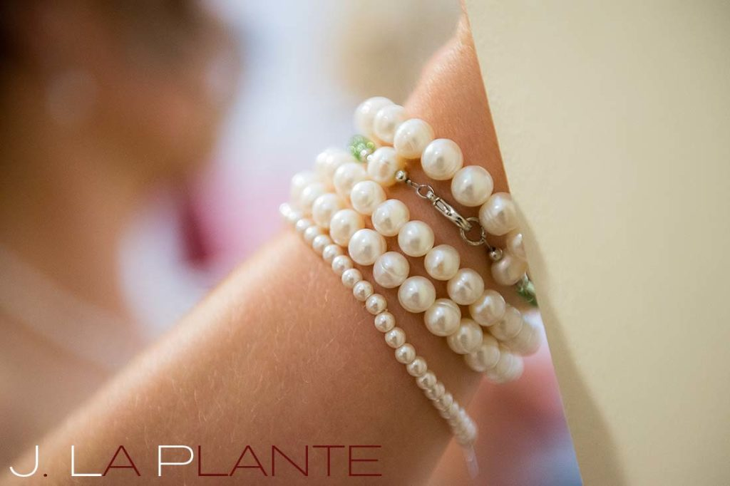 J. La Plante Photo | Kalamazoo Country Club Wedding | Destination Wedding Photography | Bride's pearl bracelets