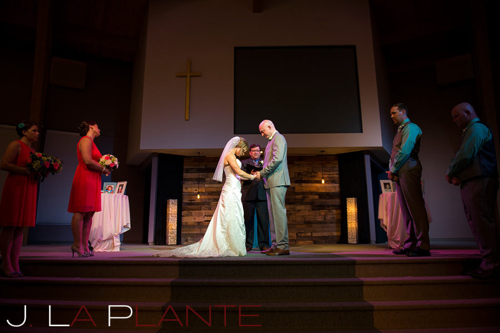 J. La Plante Photo | Kalamazoo Country Club Wedding | Destination Wedding Photography | Bride and groom praying