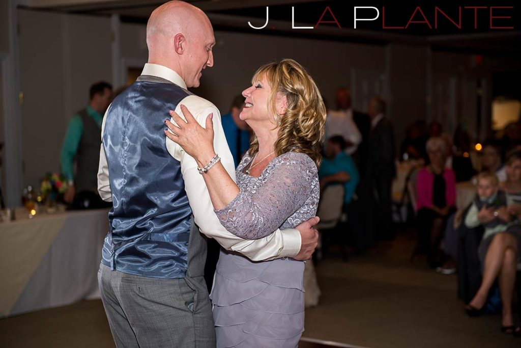 J. La Plante Photo | Kalamazoo Country Club Wedding | Destination Wedding Photography | Mother of the groom dance