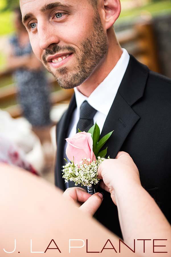 Boutonniere | Evergreen Lakehouse wedding | Evergreen wedding photographer | J La Plante Photo