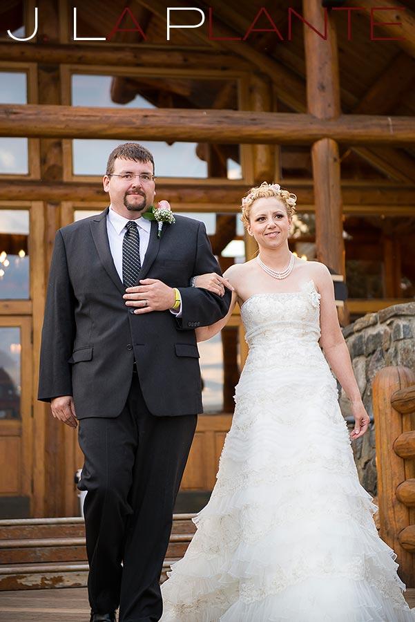 Bride and groom | Evergreen Lakehouse wedding | Evergreen wedding photographer | J La Plante Photo