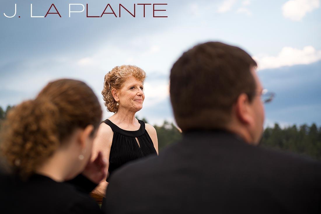 Mother of bride | Evergreen Lakehouse wedding | Evergreen wedding photographer | J La Plante Photo