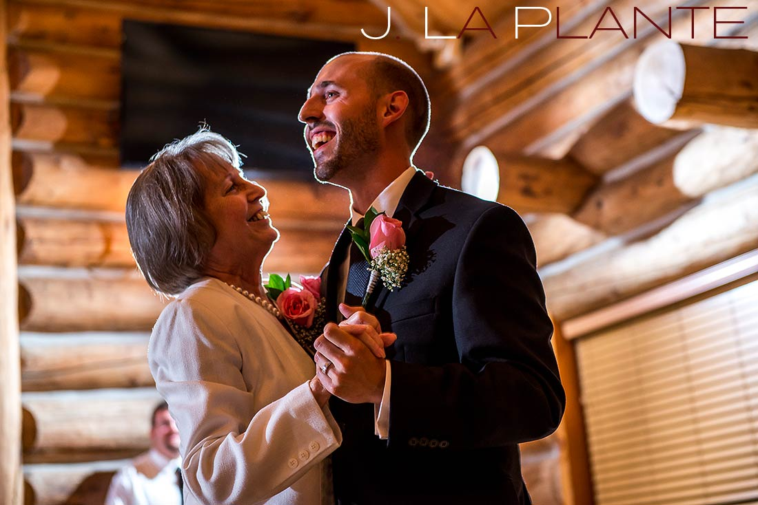 Mother of groom dance | Evergreen Lakehouse wedding | Evergreen wedding photographer | J La Plante Photo