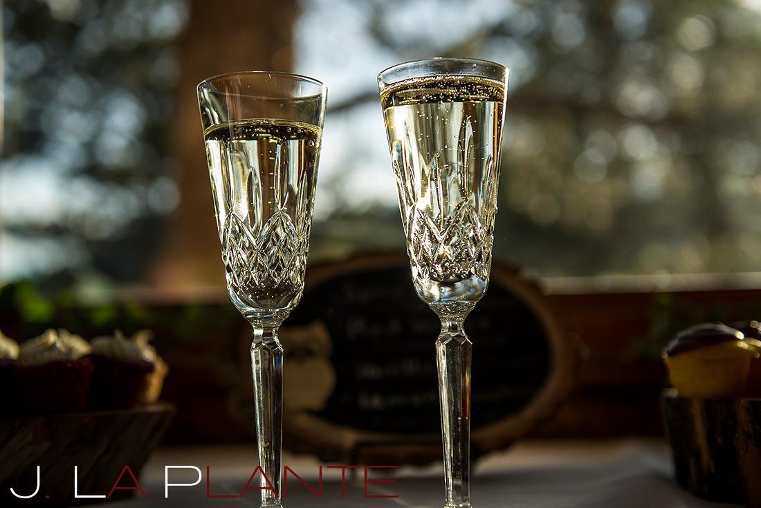 J. La Plante Photo | Colorado Rocky Mountain wedding photography | Estes Park wedding | Champagne flutes