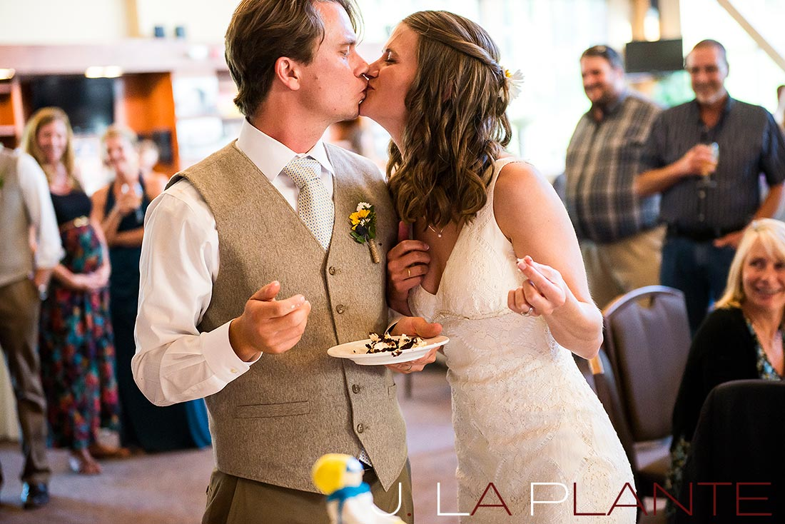 J. La Plante Photo | Colorado Rocky Mountain Wedding Photography | Copper Mountain wedding | Cake cutting