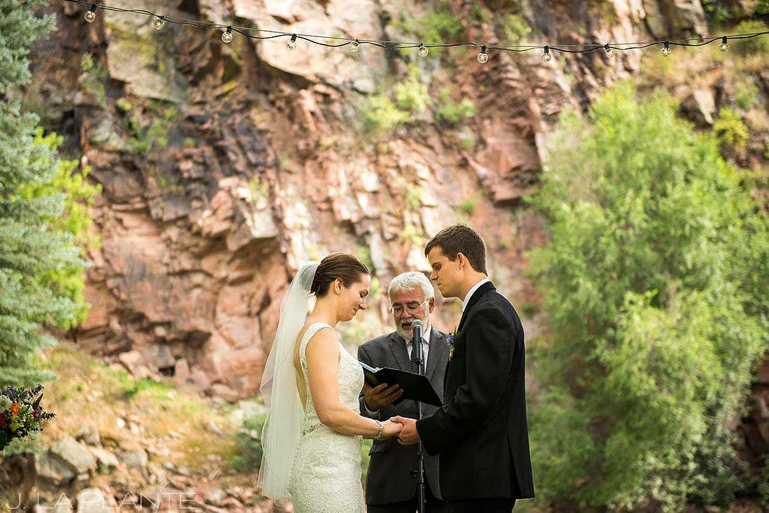 J. LaPlante Photo | Colorado Wedding Photographers | River Bend Wedding | Rustic Wedding Ceremony