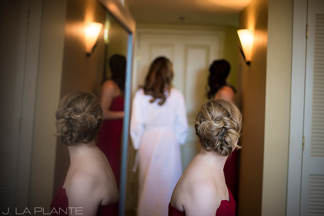J. LaPlante Photo | Colorado Springs Wedding Photographers | Cheyenne Mountain Resort Wedding | Bride Getting Ready Reflection