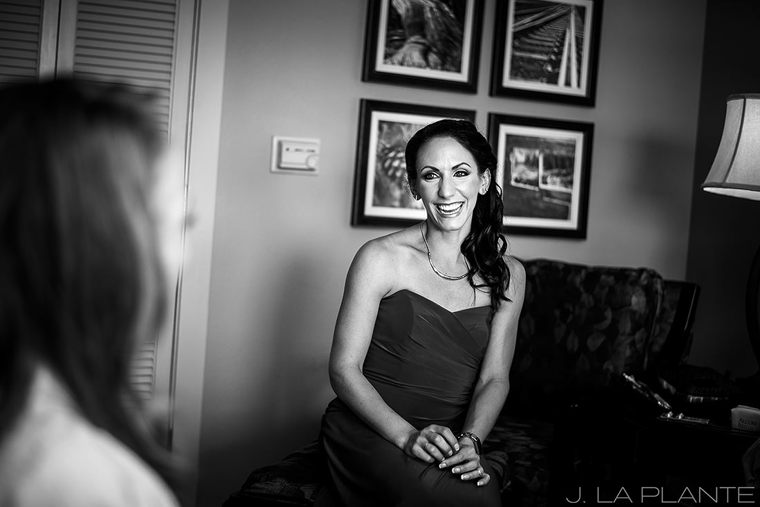 J. LaPlante Photo | Colorado Springs Wedding Photographers | Cheyenne Mountain Resort Wedding | Bride Getting Ready with Bridesmaid