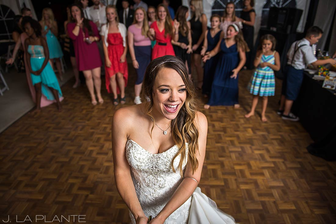 J. LaPlante Photo | Colorado Wedding Photographer | Mon Cheri Wedding | Bouquet Toss