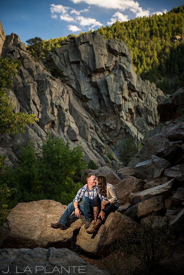 Hiking engagement session | Boulder engagement photographers | Boulder Canyon engagement | J. La Plante Photo