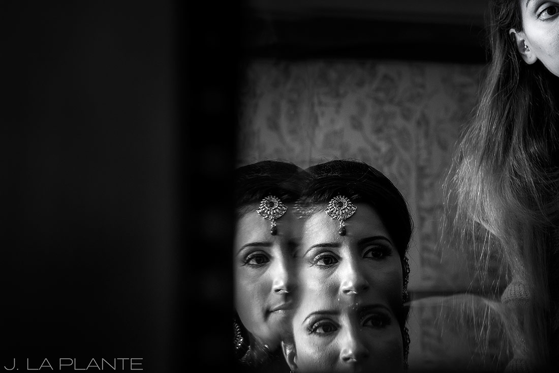 J. LaPlante Photo | Colorado Springs Wedding Photographer | Cheyenne Mountain Resort Wedding | Hindu Wedding Bride Getting Ready
