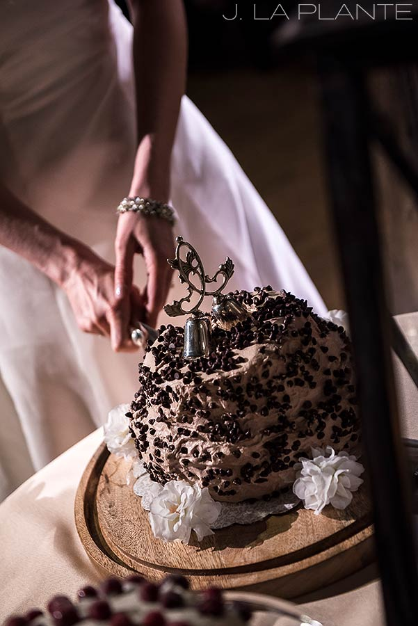 Cake cutting | Chief Hosa Lodge wedding | J. La Plante Photo | Denver Wedding Photographers