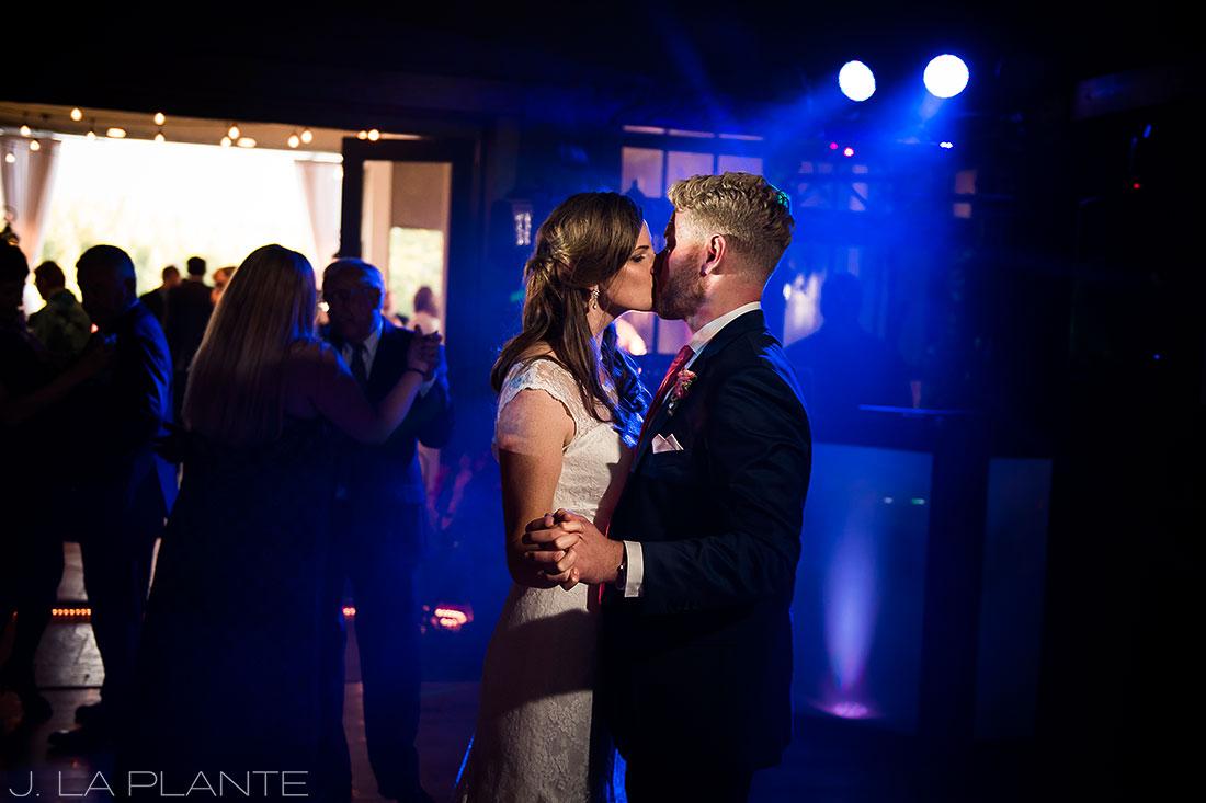 Edgewood Inn Wedding | Colorado Springs Wedding Photographer | Bride kissing groom on dance floor | J La Plante Photo