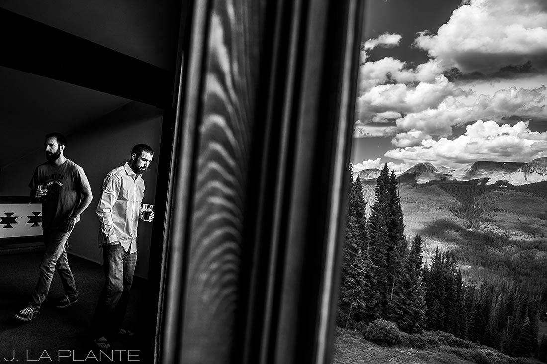 Purgatory Resort wedding | Groom hanging out with best man | Colorado wedding photographer | J La Plante Photo