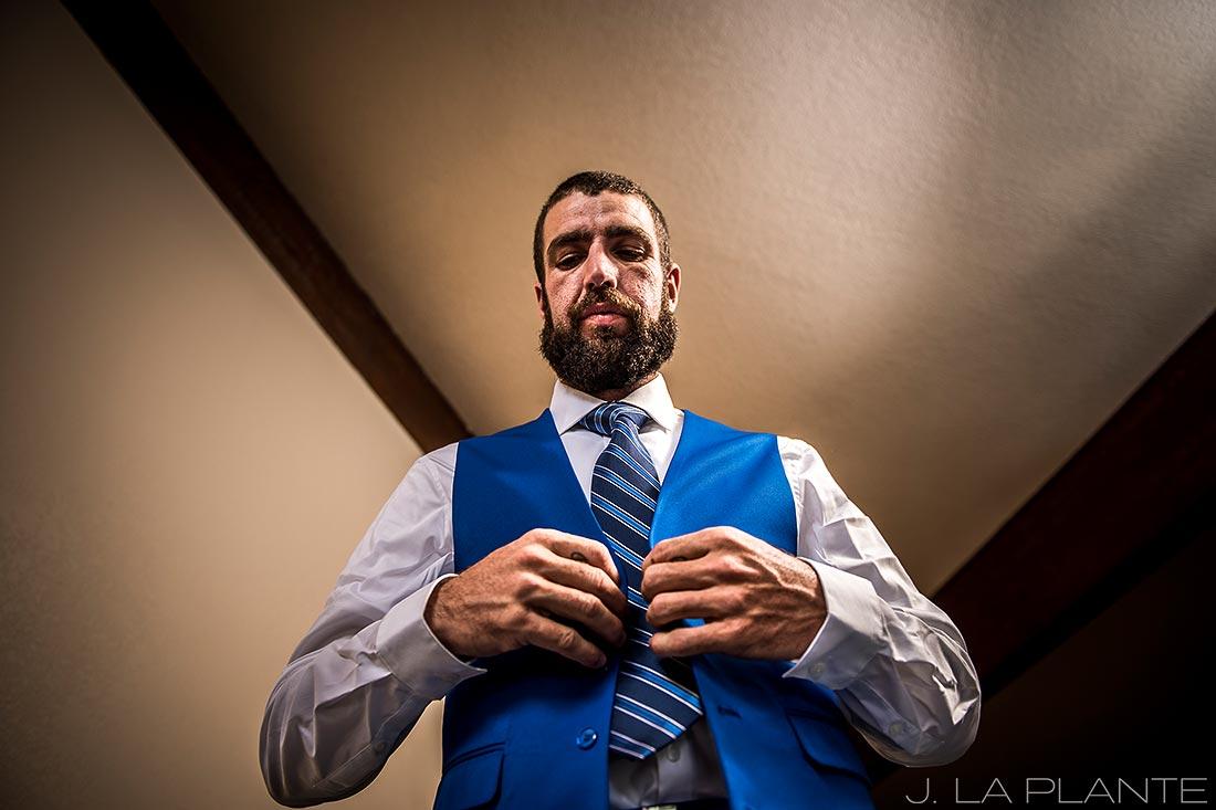 Purgatory Resort wedding | Groom getting ready | Colorado wedding photographer | J La Plante Photo