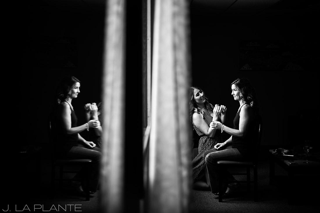 Purgatory Resort wedding | Bride getting ready | Colorado wedding photographer | J La Plante Photo