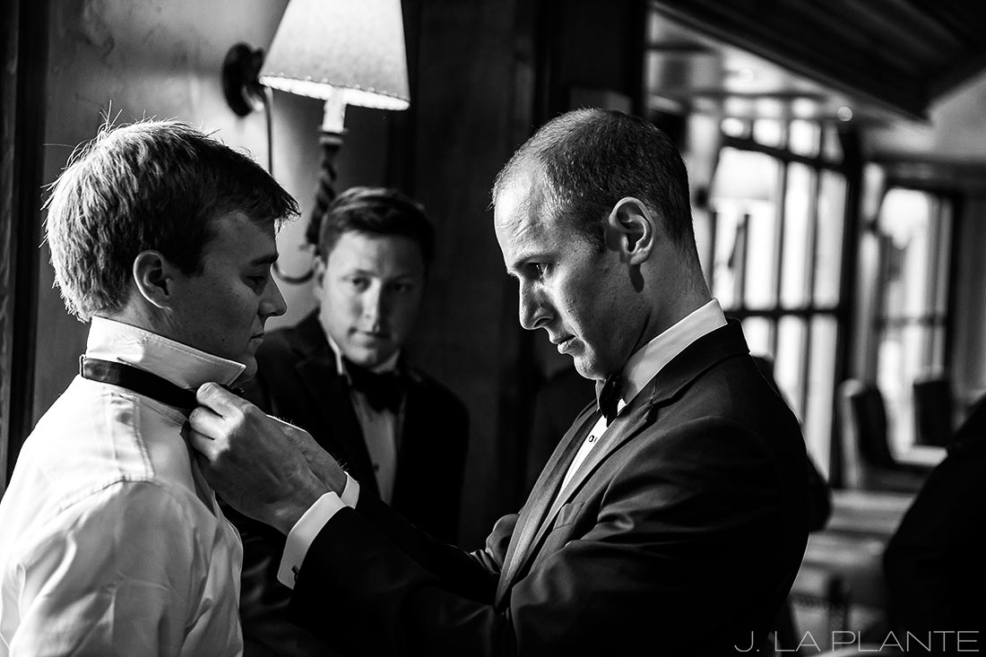 Beaver Creek Wedding deck ceremony | Groom getting ready | Beaver Creek wedding photographer | J La Plante Photo