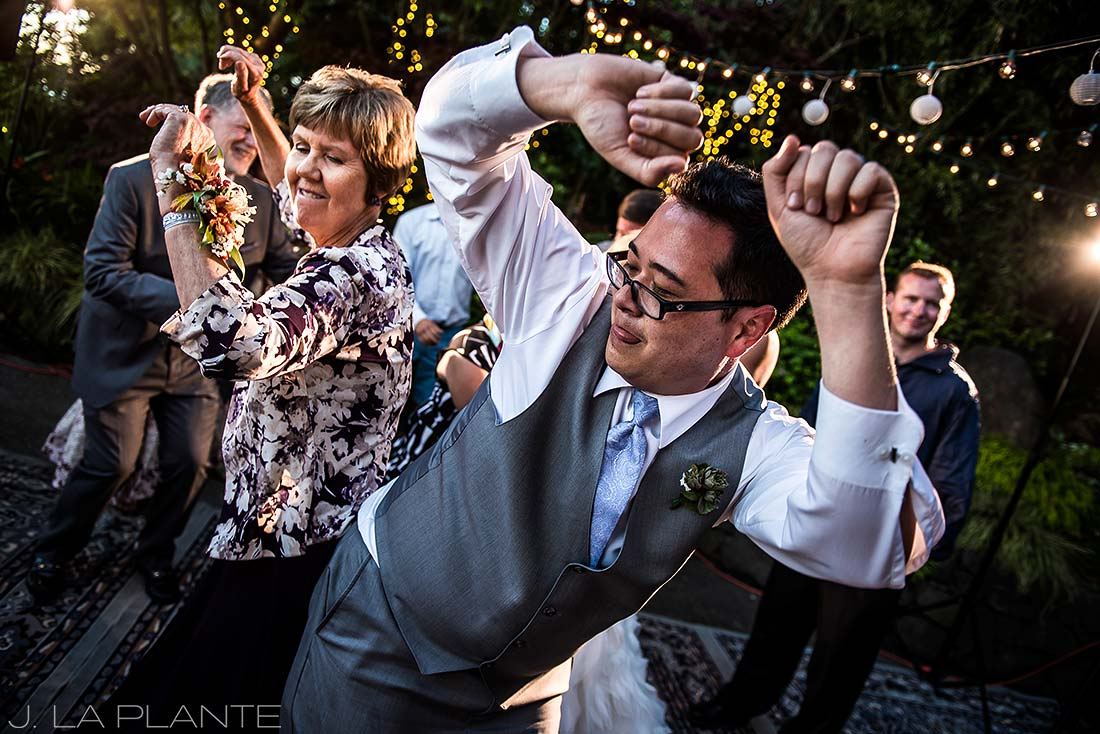 Vashon Island Wedding | Dance party | Seattle destination wedding photographer | J La Plante Photo