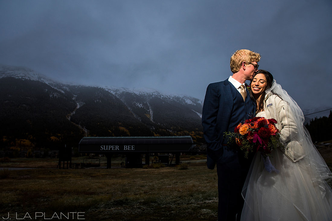 27-Copper-Mountain-Wedding-Bride-and-Groom-Portrait