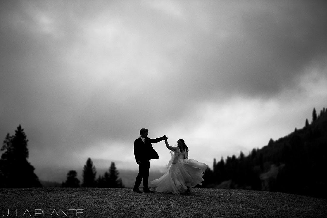 Fall Copper Mountain Wedding | Bride and groom dancing | Colorado Destination Wedding Photographer | J La Plante Photo