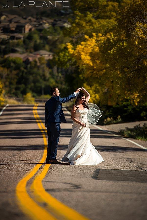 Willow Ridge Manor Wedding | Bride and groom portrait | Denver wedding photographer | J La Plante Photo