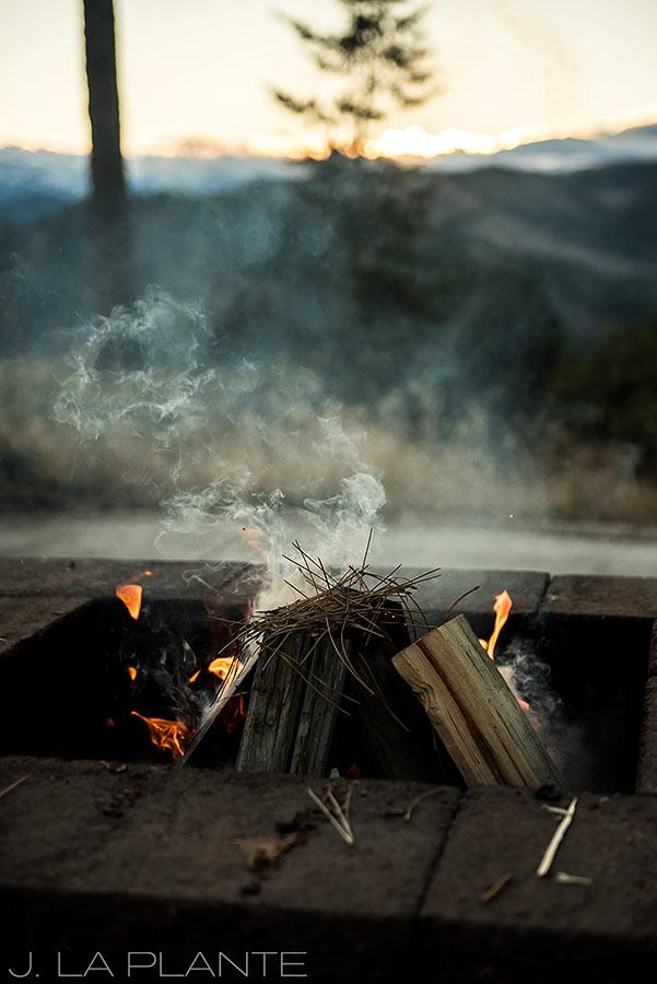 Colorado Mountain Engagement | Campfire engagement | Colorado engagement photography | J La Plante Photo