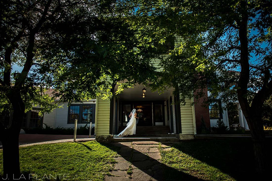 Willow Ridge Manor Wedding | Bride in wedding dress | Denver wedding photographer | J La Plante Photo