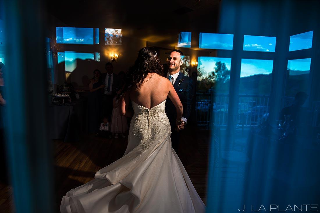 Willow Ridge Manor Wedding | First dance | Denver wedding photographer | J La Plante Photo