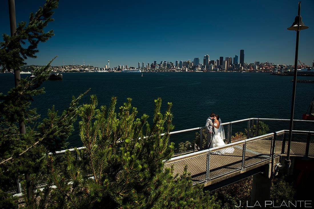 Bride and Groom Seattle Skyline | Downtown Seattle Wedding | Seattle Destination Wedding Photographers | J. La Plante Photo
