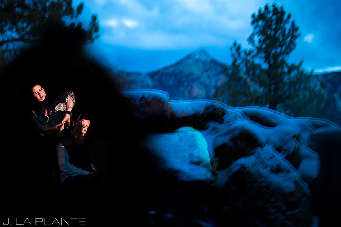 Bride getting ready | Black Canyon Inn Winter Wedding | Rocky Mountain Wedding Photographer | J La Plante Photo