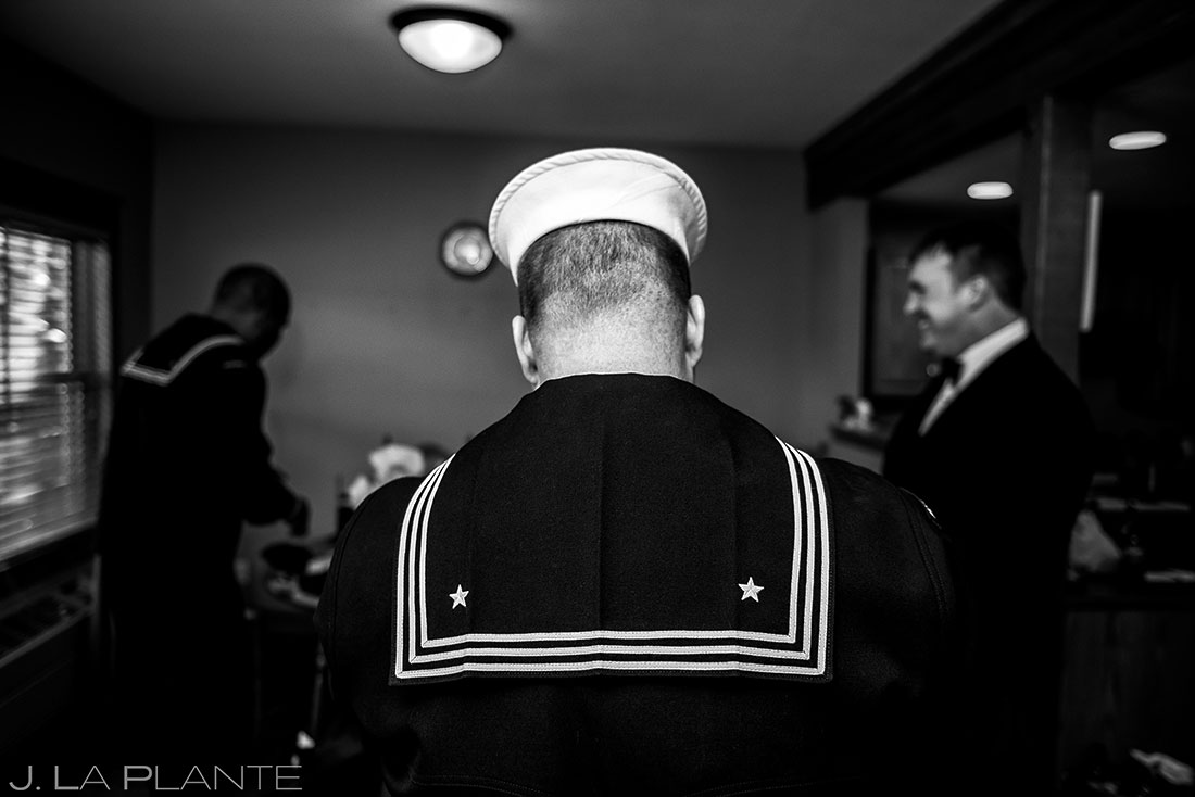 Groom getting ready | Black Canyon Inn Winter Wedding | Rocky Mountain Wedding Photographer | J La Plante Photo