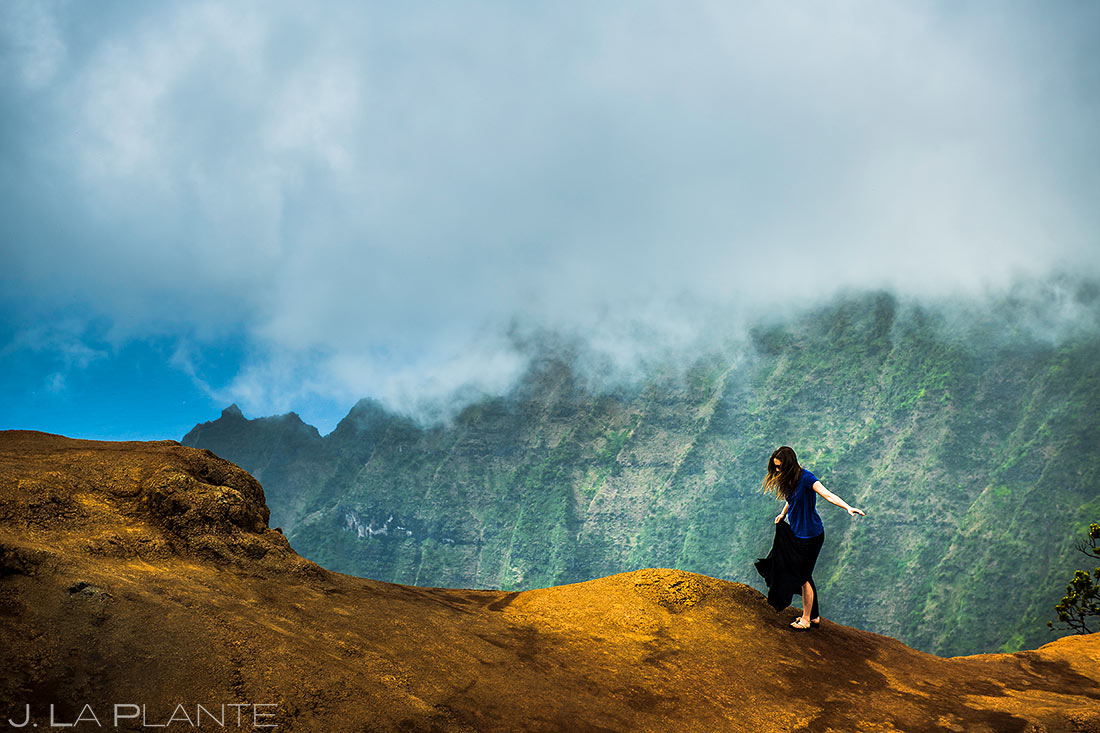 hiking the north shore of kauai