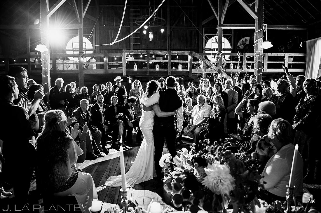 Rustic Barn Wedding Ceremony | Barnstar Wedding | Bellingham Washington Wedding | Destination Wedding Photographer | J. La Plante Photo