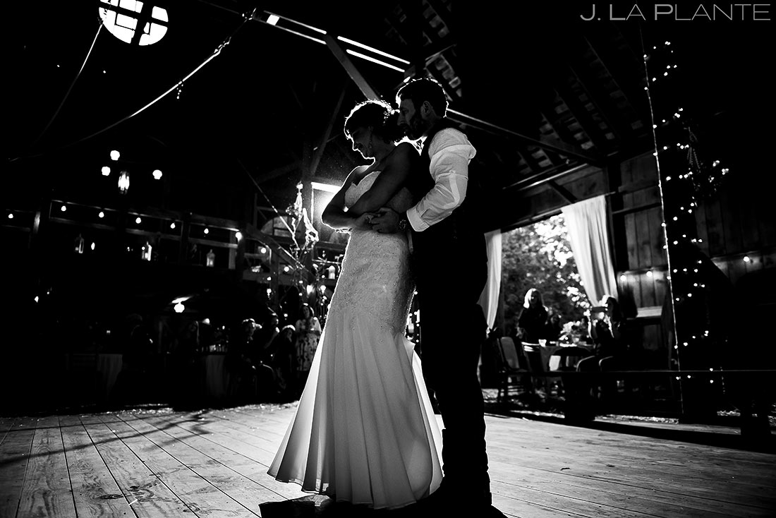 Bride and Groom First Dance | Barnstar Wedding | Bellingham Washington Wedding | Destination Wedding Photographer | J. La Plante Photo