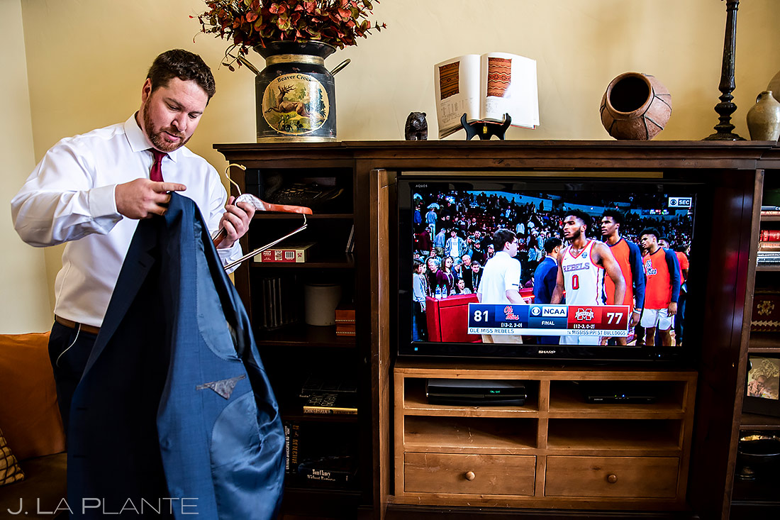 Groom Getting Ready | Sonnenalp Club Wedding | Beaver Creek Wedding Photographer | J. La Plante Photo