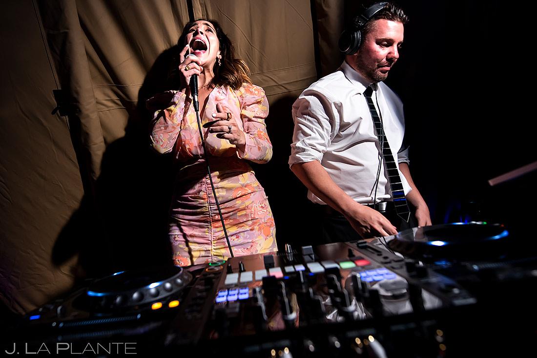 Wedding Karaoke | Pine Creek Cookhouse Wedding | Aspen Wedding Photographer | J. La Plante Photo