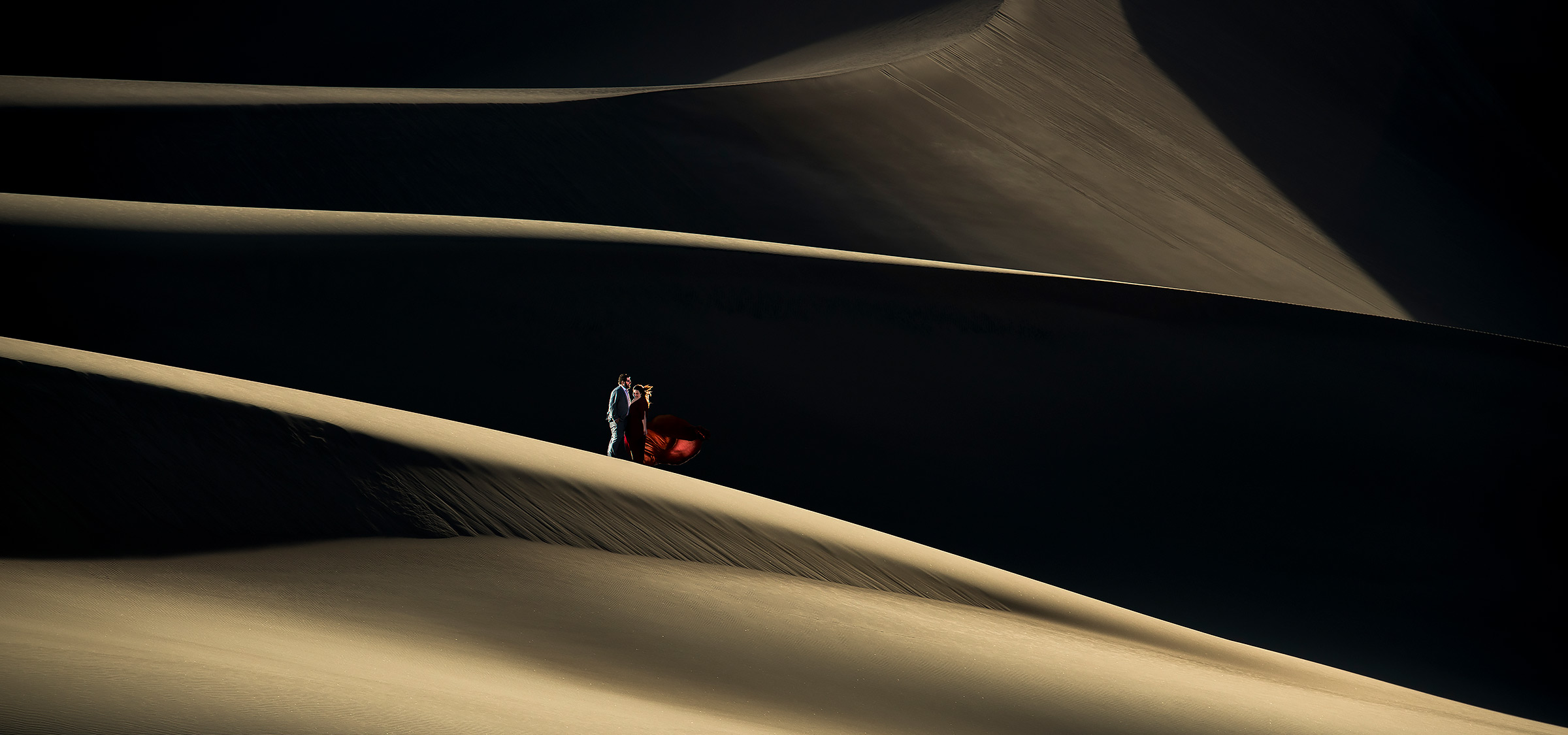 Unique Engagement Photo Ideas | Great Sand Dunes Engagement | Colorado Wedding Photographers | J. La Plante Photo