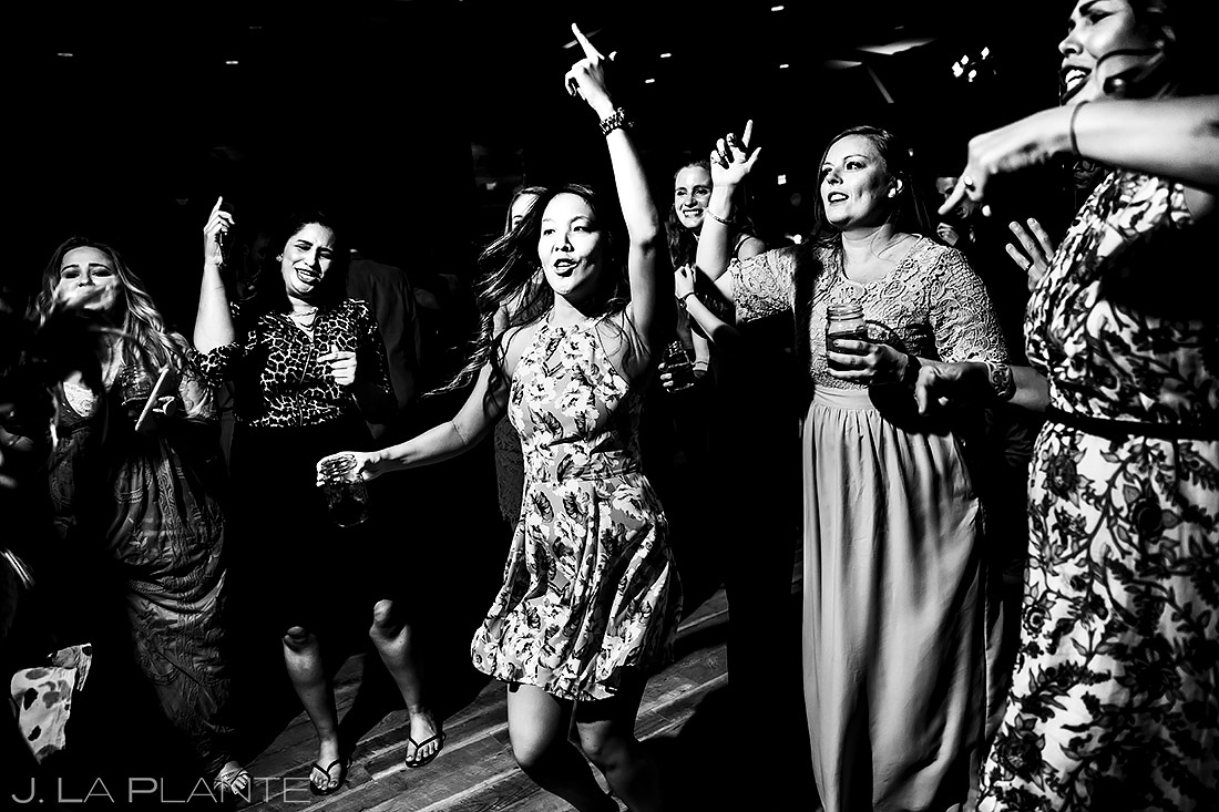 Wedding Reception Dance Party | New York Destination Wedding | Destination Wedding Photographers | J. La Plante Photo