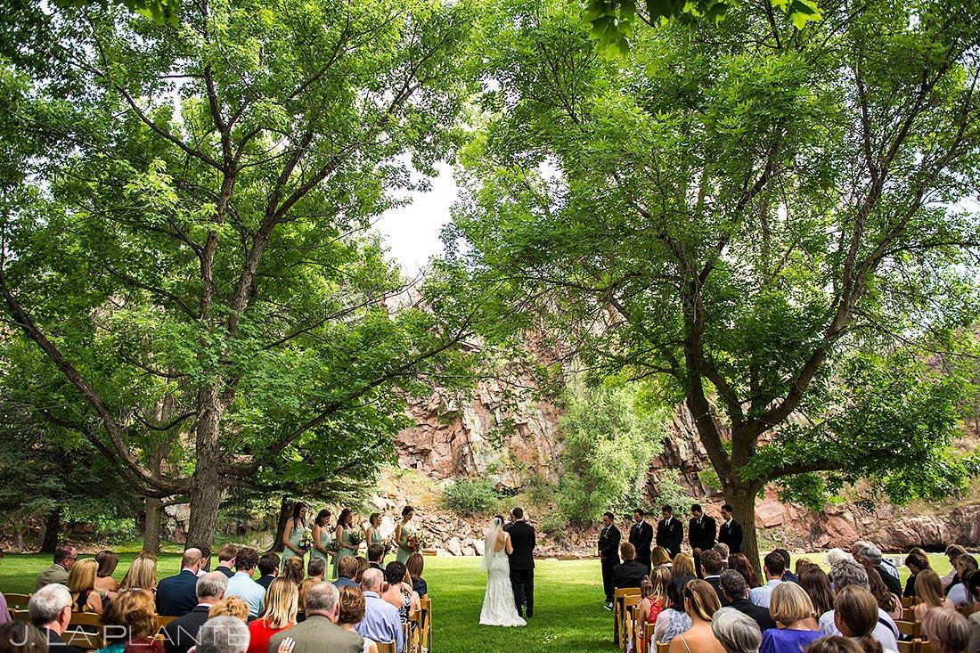 Rustic Riverside Wedding Ceremony | River Bend Wedding | Boulder Wedding Photographer | J. La Plante Photo