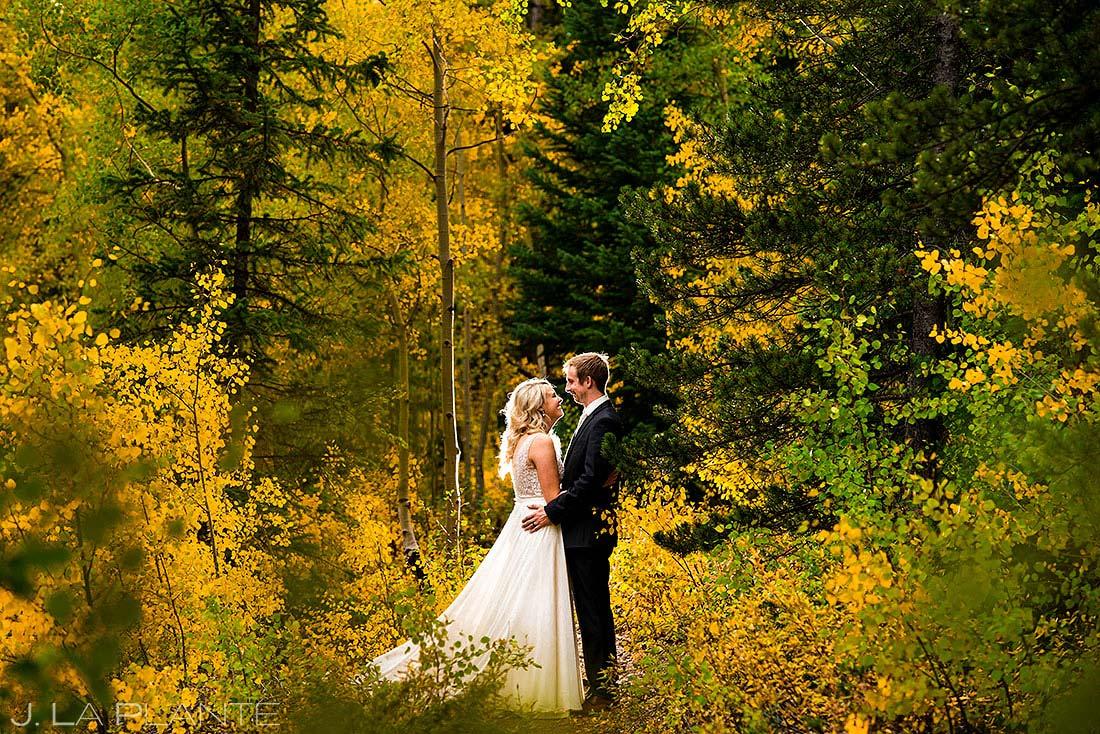 fall foliage wedding in summit county colorado